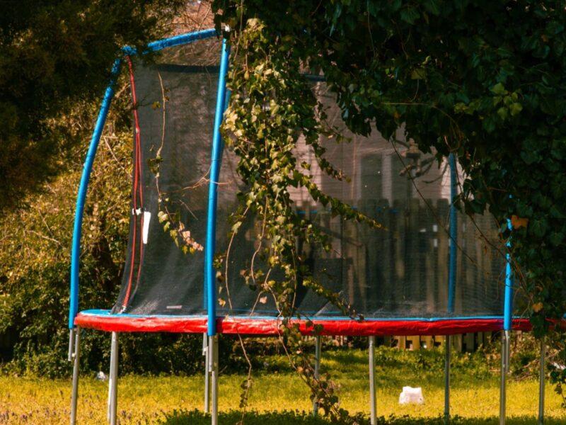 Trampolin-træning: Kom i form, imens du hopper på trampolin.